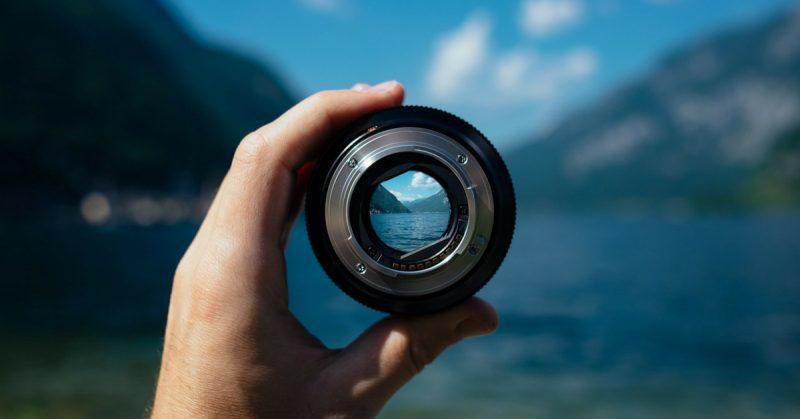 fotocamera mirrorless prezzo opinioni