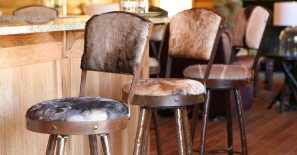 Sgabelli da bar vintage e moderni: Quale set comprare per la cucina