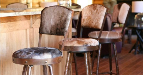 Vendita Sgabelli Da Bar.Sgabelli Da Bar Vintage E Moderni Quale Set Comprare Per La