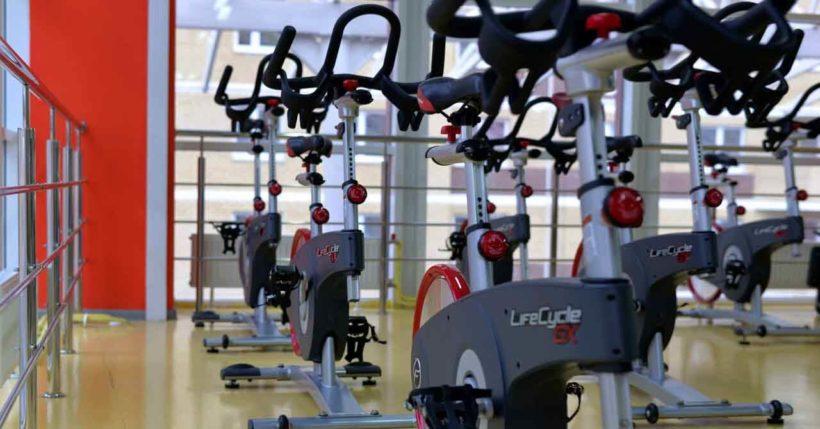 perdere peso allenamento manubrio bici