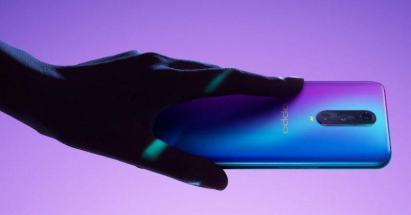 E' l'altro grande player: Oppo produce smartphone di grande qualità. Cinesi, ma top di gamma. Ecco il confronto Find X vs R17.