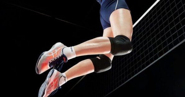 Come scegliere le scarpe da pallavolo? Consigli per giocare a Volley