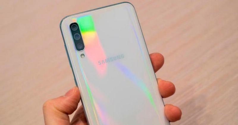 Samsung A30 e A50: i nuovi smartphone Galaxy 2019, prezzi e uscita
