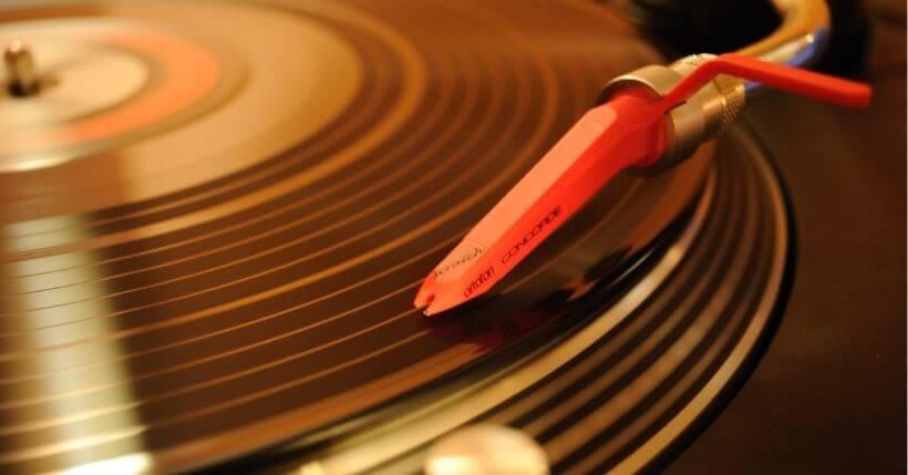 Quali puntine per giradischi scegliere? Shure, Audio Technica ed Ortofon, alcuni dei top di gamma assoluti