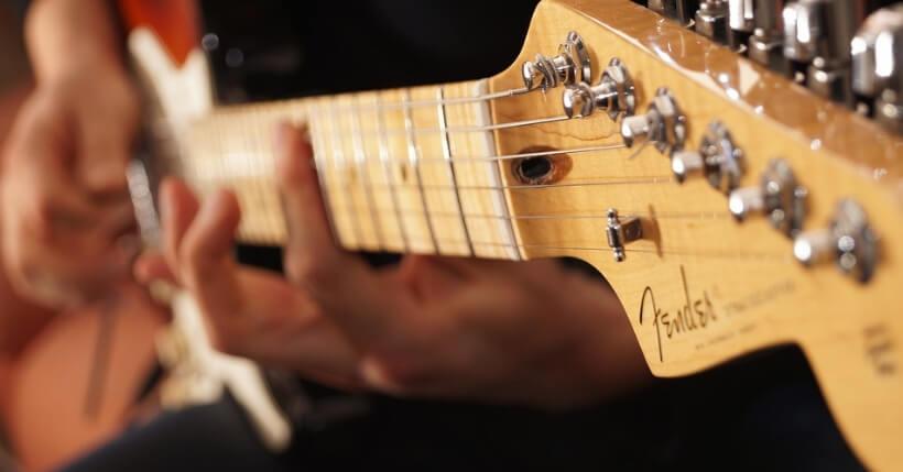 Chitarra acustica Fender