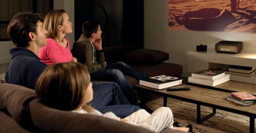 Migliori tv per guardare film: Quale schermo comprare per chi ama il cinema