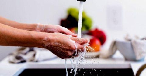 Rubinetti touch e con fotocellula: quale scegliere per una maggiore igiene